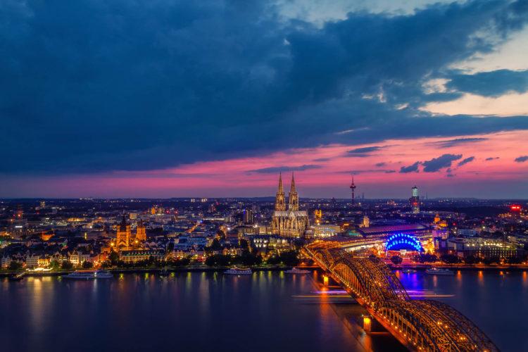 Triangel Turm 2, Köln, Deutschland